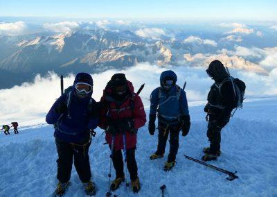 A gathering on Elbrus summit night